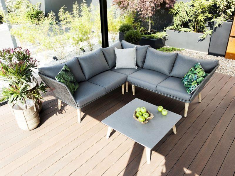 Wybierz komfortowe i funkcjonalne komplety ogrodowe